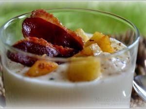 Velouté de céleri-rave à l'huile de truffe, pomme & pétale de magret séché