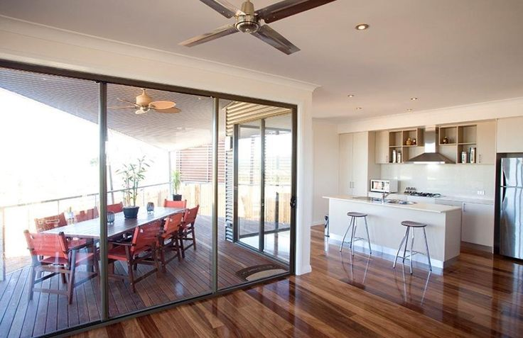 Entertainers' dream kitchen and outdoor dining area, built in Brisbane