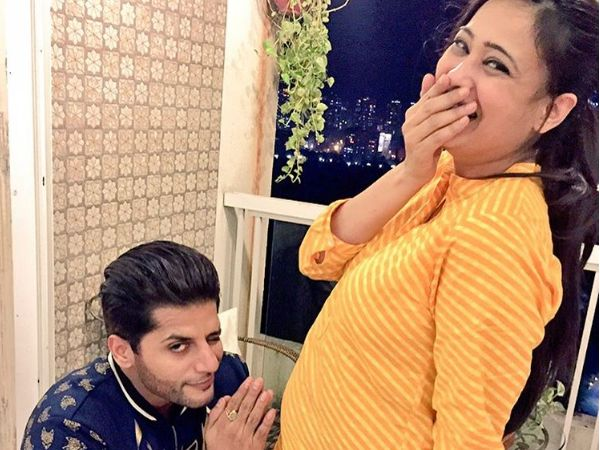Karanvir Bohra shared an adorable picture of soon-to-be mommy Shweta Tiwari on his Instagram page.