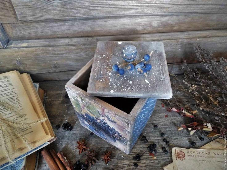 Купить или заказать 'Blue berry' деревянный короб в интернет-магазине на Ярмарке Мастеров. ПРОДАНО Деревянный стилизованный короб. Доминируют темно-синие тона....выполнен из качественной древесины. Массив дерева - ольха Выполнен из экологически чистых материалов. Лаки, краски акриловые,…