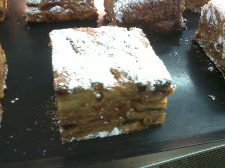 Pudding avec des restes de viennoiserie