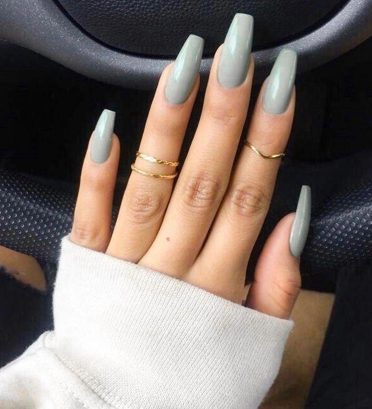 Ich liebe lange Fingernägel #fingernails Bevorzugt ihr kurze oder lange Nägeln? #beautifulacrylicnails