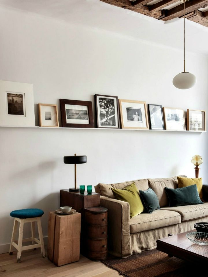 Parisian Apartment With Scandinavian Furniture Raw Materials And Mediterranean Colors Decoholic In 2020 Paris Living Rooms Home Decor Apartment Inspiration