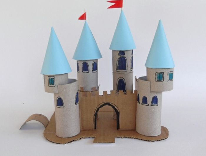 recycler-le-rouleau-de-papier-toilette-château-de-princesse-créatif
