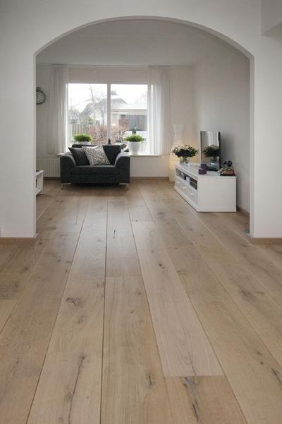 Bekijk de foto van Flatteus met als titel Lichte parketvloer en andere inspirerende plaatjes op Welke.nl.