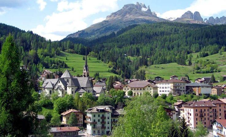 #Fly #me #Away: #Dolomitas, as #montanhas do #norte de #Itália   #travel #natureza #montanhas #PatrimónioNaturaldaHumanidade #UNESCO #paisagem #Moema #Fonte #Club #Amici #VeRi