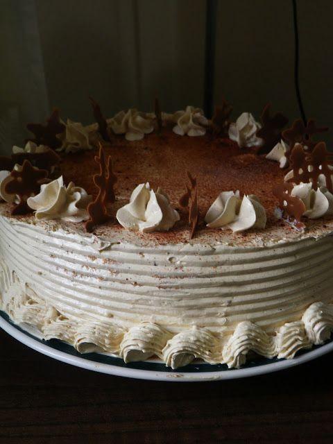 Goldilocks-Style Mocha Cake – Chippy Cakes