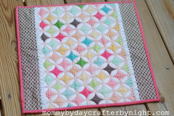 Mommy by day Crafter by night: Darling Doll Quilt Tutorial