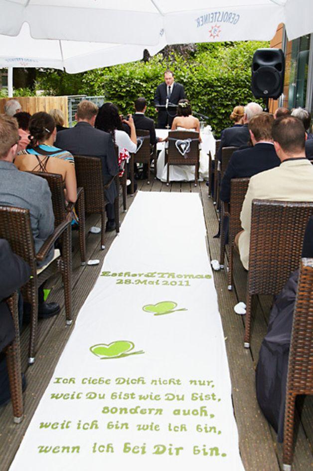 Hochzeitsdeko - Läufer WEDDING CARPET - ein Designerstück von aller-hand bei DaWanda