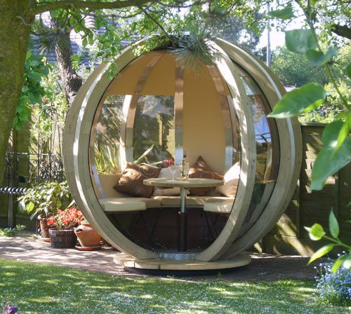 The G-Pod is the perfect outdoor space for dining, lounging, working, or just to have as your personal oasis. The private orb has a table that lowers to become a sleeping or lounge area. If you want to change the view or avoid the glare of the sun, you just rotate the pod to a different position.