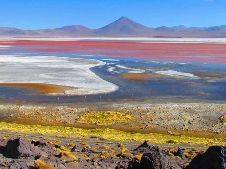 Before arriving in Bolivia, we just assumed that all Salar de UYUNI tours began in, you guessed it, Uyuni.