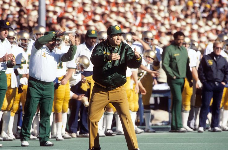 Relive classic 1978 Cotton Bowl between Notre Dame, Texas