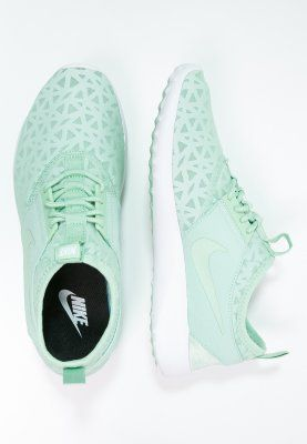 Nike Sportswear JUVENATE - Sneaker low - enamel green/black/white - Zalando.de