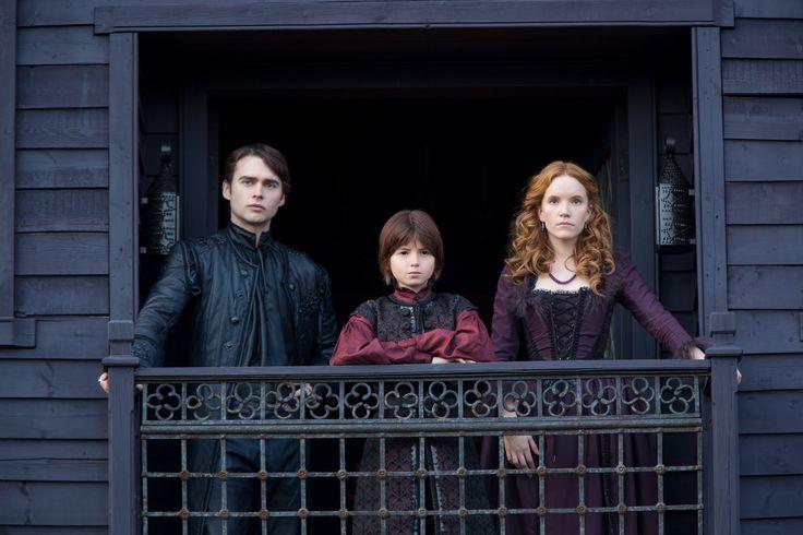 Salem - Anne Hale and Baron Sebastian Marburg with John