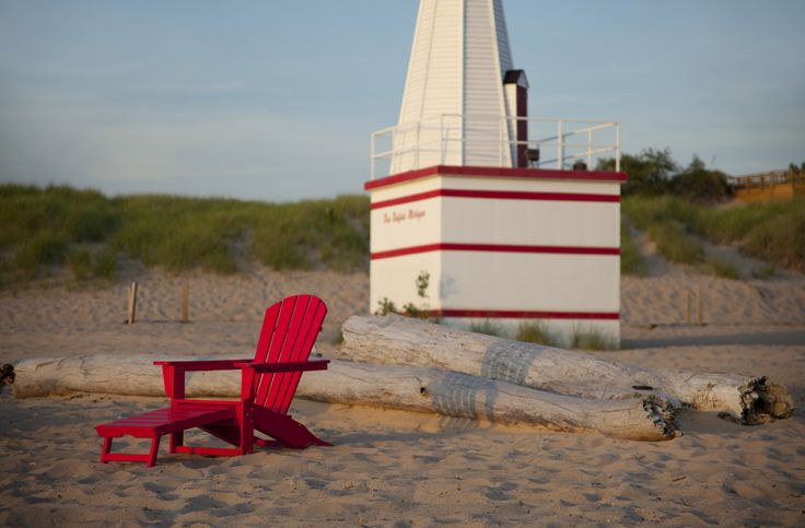 The ultimate beach chair ... made from milk bottles?! http://digitaledition.lighthome.com.au/?iid=80630#folio=5