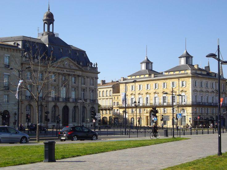 Bourse Maritime et Hôtel Fenwick.