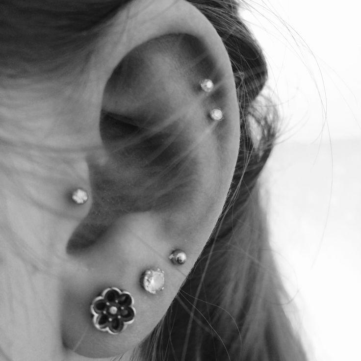 Piercings:) Tragus Double cartilage piercing