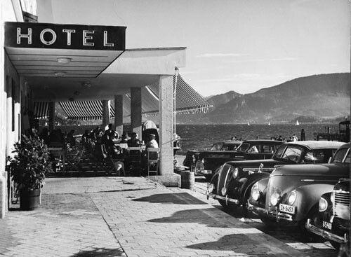 Hotel Schwan Rathausplatz Gmunden 1950's   www.seehotel-schwan.at
