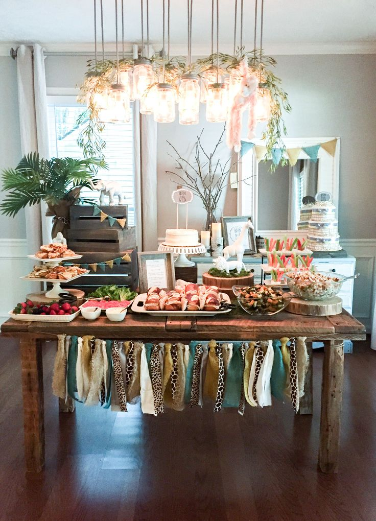 Take a look at a fresh, clean and modern take on a safari animal theme with this Born to be Wild baby shower brunch from event designer, Sweetwood Creative Co. in Atlanta, GA.  Modern baby shower | born to be wild theme ideas | baby shower ideas | boy baby shower | baby shower brunch | natural safari shower | safari shower ideas | wild animal shower ideas | event planning |event design | neutral baby shower