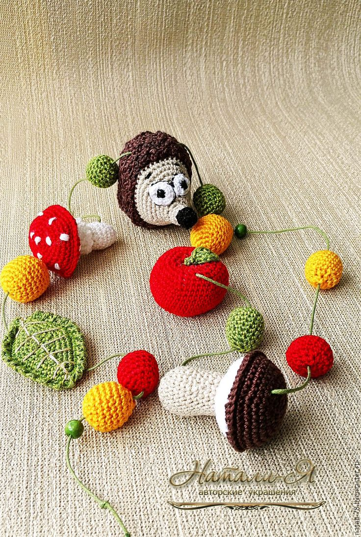 """Купить Слингобусы """"Ежины запасы"""" (детские бусы, вязаные) - разноцветный, красный, зеленый, коричневый, грибы"""
