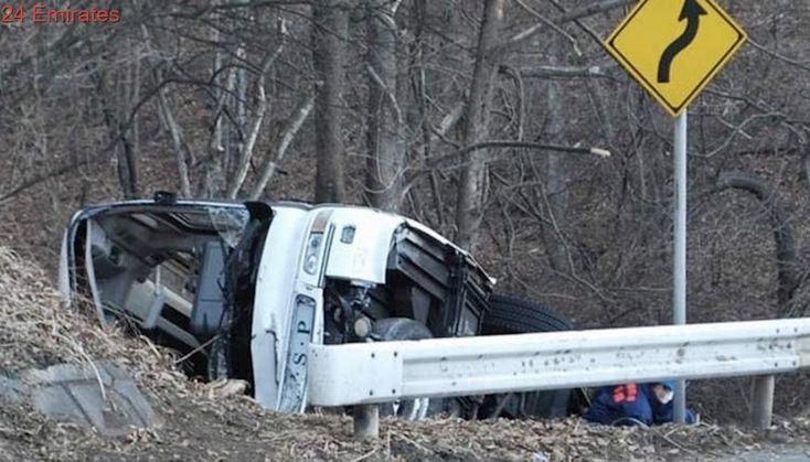 Bus, oil tanker collision kills 9 on Pakistan highway
