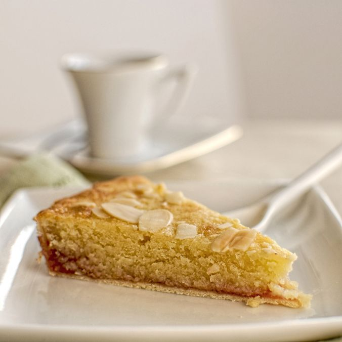 rhubarb and vanilla Bakewell tart