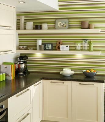 Greenwich Shaker Cream Kitchen Range   Kitchen Families   Howdens Joinery