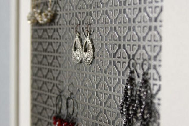 Smart Ways to Store Your Earrings