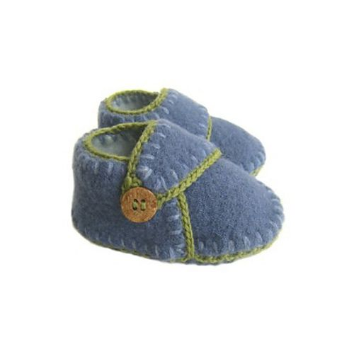 Ravelry: Felted sweater baby shoes I - boy or girl pattern by May DeMorris