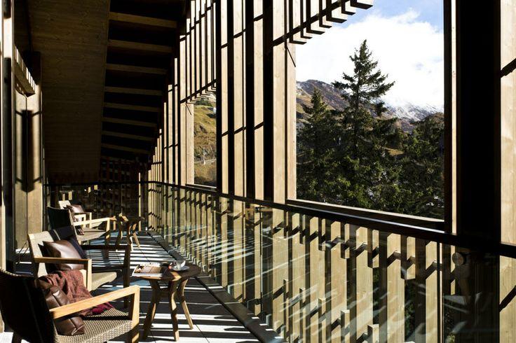 The Chedi Andermatt en Suisse http://www.vogue.fr/voyages/adresses/diaporama/hotels-des-neiges/17294/image/926931#!les-meilleurs-hotels-au-ski-a-la-montagne-un-hotel-ou-l-039-on-elit-domicile-the-chedi-andermatt-en-suisse