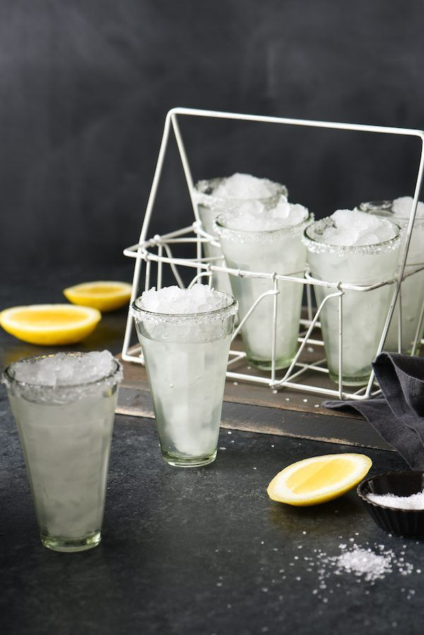 Lemon Drop Margaritas - When life gives you lemons, make margaritas. Use this recipe for margaritas made with lemons when you don't have any limes around. The bright, fresh lemon flavor is actually very similar to a traditional margarita. | foxeslovelemons.com
