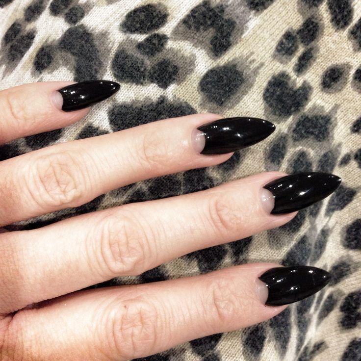 Black half moon nails | Halloween kitty cat claws?
