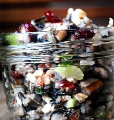 Rice salad...perfect with the wild rice mix we got from Trader JoesFat Girls, Red Wine, Food, Wild Rice Salad Recipe, Girls Trap, Wild Rice Recipe, Mason Jars, Jar Meals, Skinny Body