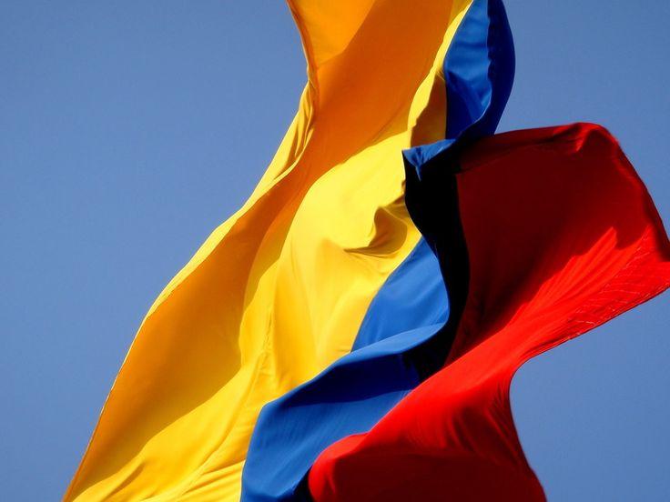 Porque una vez pisas Colombia el amor es real y puro: | 35 Razones por las que vivir en Colombia es la peor idea de todas