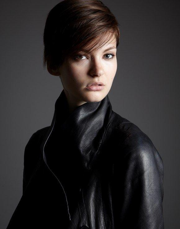 short hair side fringe - Hannah Johnson