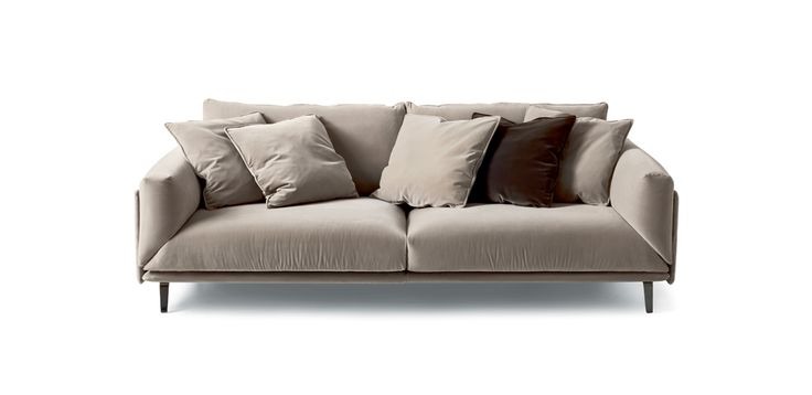 Sofa Faubourg is a tribute to arflex-history, where Carlo Colombo plays as usual on simplicity with irony and taste. An easy & chic piece,characterized by depth andvery soft cushions into which one can almost dive.