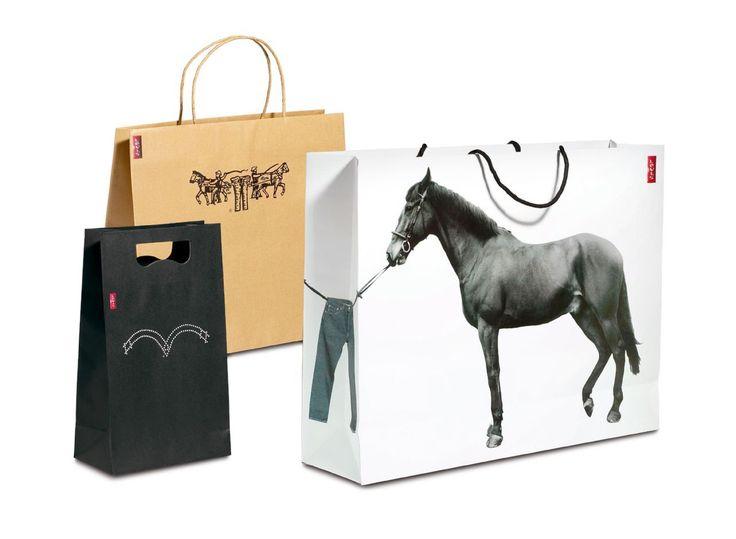 Read more: https://www.luerzersarchive.com/en/magazine/print-detail/levis-47147.html Levi's Shopping bags for Levi´s. Tags: Levi's,Checkland Kindleysides, London,Carl Murch