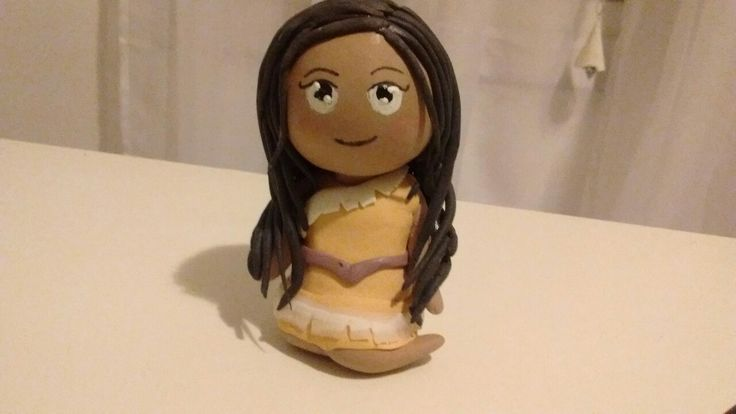 Pocahontas porcelana fría
