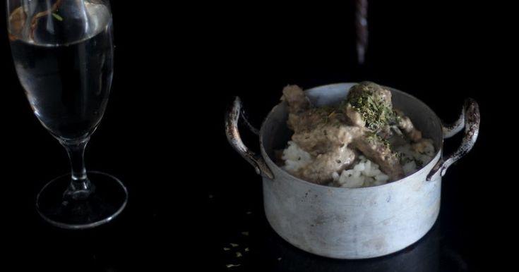 Ternera Strogonoff byJose: (+- 6 raciones) 800 gr. de Filetes de Ternera Asturiana 1 Cebolla Morada 12 Champiñones 100 ml de Na...