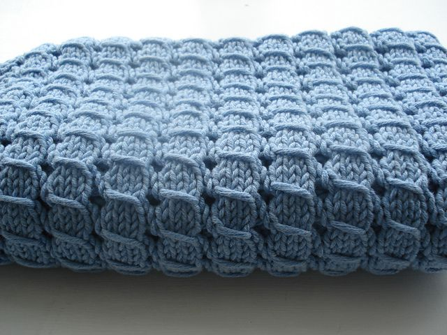 """Free pattern for """"Waffle Blanket"""" by Alexis Layton...beautiful stitch!"""