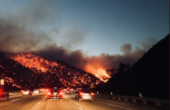 Thomas Fire Videos And Pictures Creek Fire Skirball Fire Rye Fire 405 Fire In Los Angeles California Cal Fire Vent Fire Video Fire Ventura California