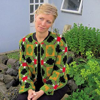 Knitting pattern: Hammer rose cardigan http://icelandicknitter.com/en/books/icelandic-knitting-using-rose-patterns/