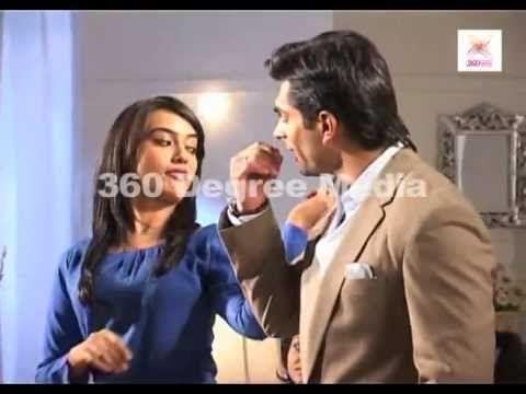 """Qubool Hai -  Oh My God !!  Asad and Zoya """"Make Up Kitna Karte hai........."""