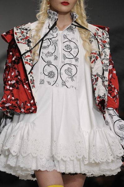 London Fashion Week Meadham Kirchhoff Spring 2014 - Details