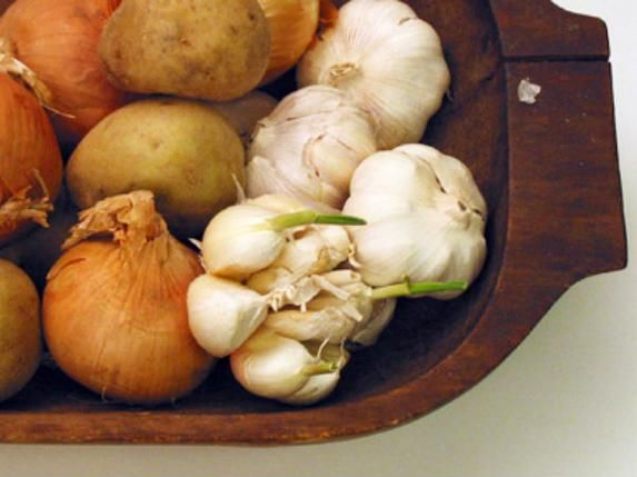 How to Preserve Onions and Garlic