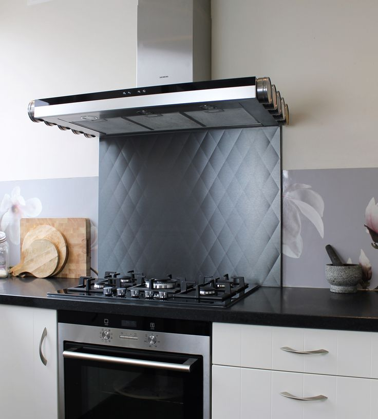 stainless steel splashback black