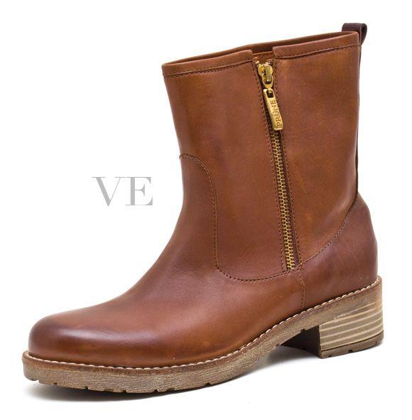 Edición Nº42. Revista VE. Especial de Zapatos 2013. Tienda: Prüne.