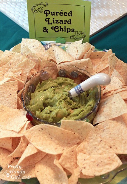 After having a bug/lizard party for abut 3 years, I never considered guacamole. Great idea!