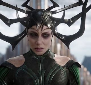 """8 mentions J'aime, 1 commentaires - Michael Doyle (@mikeburnlab) sur Instagram: """"Swoon. #cateblanchett #hela I have an unhealthy thing for women who can destroy me."""""""