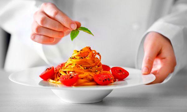 ¿ Cuando hay que renovar el Carnet de Manipulador de Alimentos ? http://www.manipulador-de-alimentos.es/blog/renovar-carnet-de-manipulador-de-alimentos/ Son muchos los trabajadores de la alimentación y la hostelería que tienen dudas acerca de la necesidad de renovar o no el carné de manipulador de alimentos